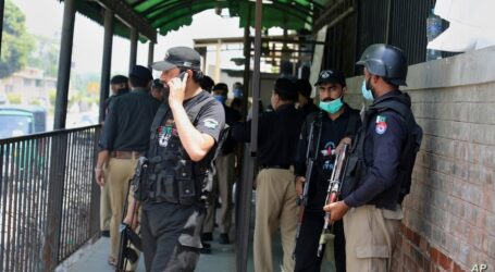 Man shot dead for 'blasphemy' in Pakistan courtroom